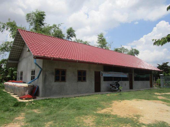 Hope for the children-Nieuwe klaslokalen in Phnom Srok